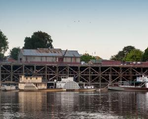 The historic Echuca wharf/ Photos: Mike Yardley