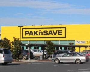 Pak'nSave is rolling out its online shopping function to stores in the North Island. Photo: NZME