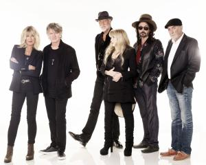 Fleetwood Mac is returning to Dunedin with a new line-up featuring New Zealand singer-songwriter...