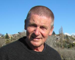 Russell Garbutt