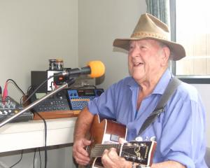Ferg Mitchell, of Cromwell, belts out an old tune from his song book. PHOTO: ADAM BURNS