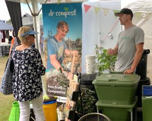 Have you read ALL the instructions?  Ben Elms gives composting advice to Ann Fowler at the Wanaka...