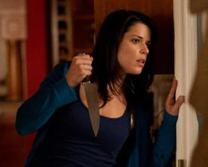Neve Campbell stars in Scream 4.