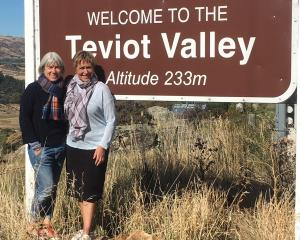 T&G Pipfruit Teviot Valley Wearable Tartan Arts Awards and Teviot Tartan Time organisers...