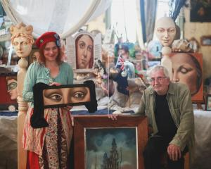 Oamaru artists Donna Demente and Watts Davies are auctioning their work to raise money for the...