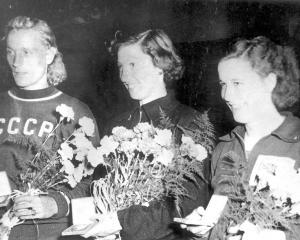 Helsinki Olympics, the Women's Long Jump Gold Medal Winner, New Zealand's Yvette Williams, center...