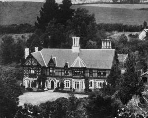 Bishopsgrove, Woodhaugh, the residence of the Primate, Bishop Nevill. - Otago Witness, 28.5.1919