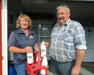 Geoff and Beth Henderson, of Farm Fresh Raw Milk, Pukerau, are keen to see some regulations...