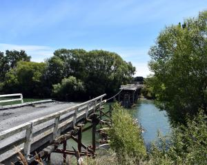 The Pyramid Bridge between Waikaia and Waikaka. Photo: Wayne Parsons