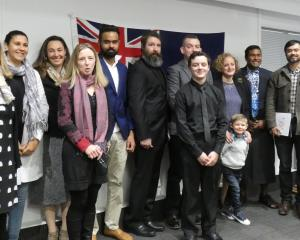 New citizens (from left): Graham Hadley (United Kingdom), Elina Kiuru (Finland), Heloisa Thompson...