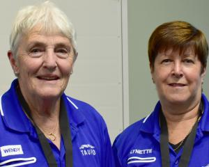 Taupo combination Wendy Green (left) and Lynette McIntosh won the champion of champions women's...