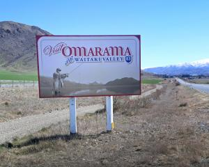 Omarama is just up the road from Sailors Cutting.