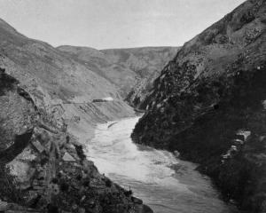 Looking up the Taieri River Gorge. - Otago Witness, 6.8.1919