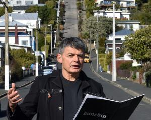 New Zealand Poet Laureate David Eggleton reads part of his poem The Steepest Street in the World...
