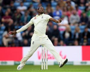 England's Jofra Archer tore through the Australian batting line-up on day one of the third Ashes...
