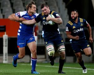 Liam Squire on the run for the Highlanders against the Stormers this year. Photo: Getty Images