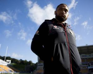 Manu Vatuvei's fledgling boxing career has been ground to a halt after the discovery of a cyst on...