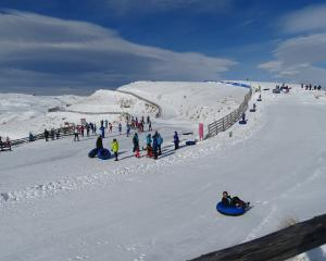 Conditions were perfect last Saturday when crowds turned to enjoy the Snow Farm's ''Snoparty''...