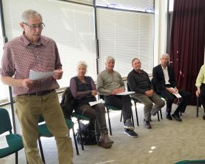 Otago Regional Council Dunstan candidate Graeme Bell (left) introduces fellow Dunstan candidates ...