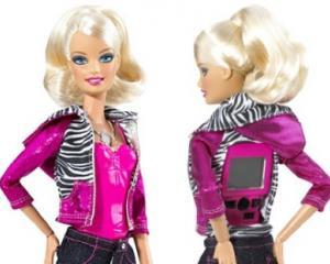 fbi_keeping_eye_on_barbie_4cfea7157d.jpg