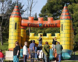 bouncy_castle.jpg