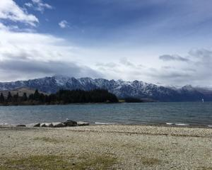 The hills of Queenstown got a dusting of snow overnight. Photo: Tracey Roxburgh