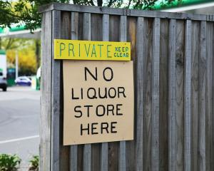 The liquor licence application for a shop on Memorial Ave has been withdrawn.