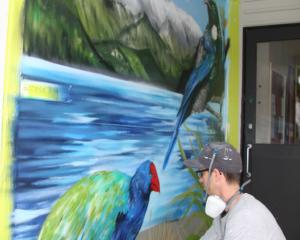 IMG 4540: Guest artist and Guest Judge Danny (Deow) Owen known as the Southern Most Graffiti...