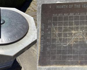 Sundial in the Botanic Gardens.