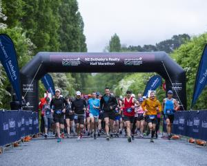Queenstown half-marathon runners begin their race on Saturday. PHOTOS: GEMMA WELLS