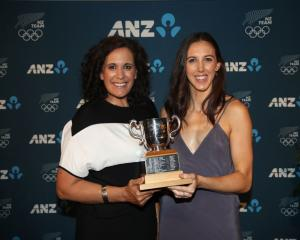 Silver Ferns assistant coach Deb Fuller and shooter Bailey Mes with the Lonsdale Cup. Photo:...
