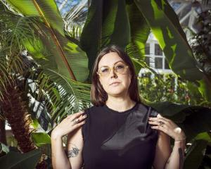 Dunedin musician Nadia Reid has announced a new album and released a new single and video, Best...