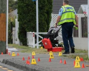 Police at the scene in Hastings. Photo via NZ Herald