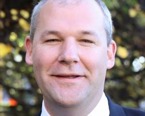 Andrew Falloon