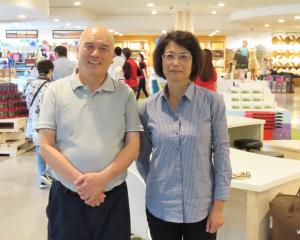 Peter and Lilian Huang, owners and operators of Farmers Corner.
