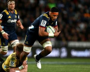 Highlanders flanker Shannon Frizell returns to the starting line-up this week. Photo: Getty Images