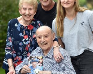 Wil Thomas celebrates his 100th birthday with wife Audrey (87), son Arwel 