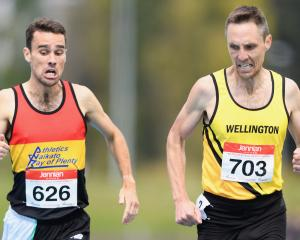 Wellingtonian Nick Willis (right) wins the men's 1500m from Julian Oakley, of Waikato-Bay of...
