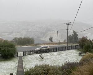 Snow also settled in St Bathans. Photo: Karen Smythe