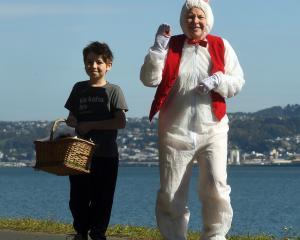 Macandrew Bay residents had an egg-cellent start to Good Friday, thanks to a visit from the...
