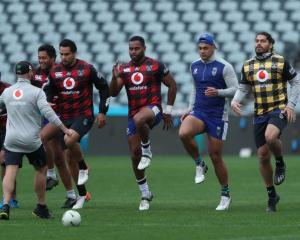 The Warriors train at Central Coast Stadium. Photo: Getty Images
