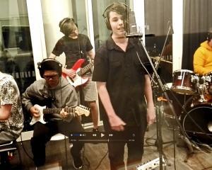 4Man Band record at Tūranga. Photo: Newsline / CCC