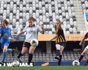 Charlotte Summers (11, Southern United kit), Renee Bacon (24, New Zealand Maori Women), Aria...