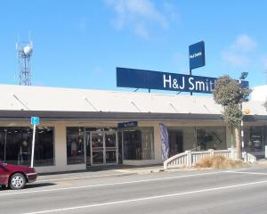 H&J Smith department store in Balclutha will close on July 31. Photo: Wiki Commons