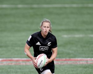 Kelly Brazier looks for some space at a sevens tournament in Canada last year. PHOTO: GETTY IMAGES