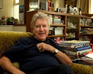 Dunedin-born journalist and author Gordon McLauchlan. Photo: NZ Herald