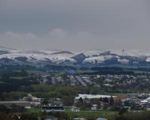 Snow capped Kaihiku Ranges south of Balclutha this morning. PHOTO: JOHN COSGROVE / ODT