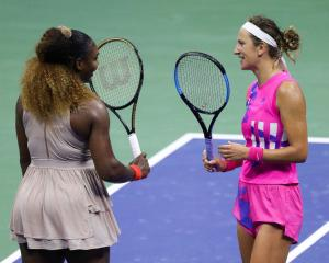 Serena Williams congratulates Victoria Azarenka after the match. Photo: Getty Images