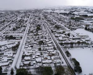 Milton residents woke to the town blanketed in snow. Photo: Stephen Jaquiery