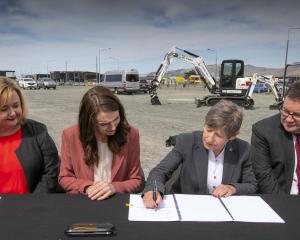 Megan Woods, Jacinda Ardern, Lianne Dalziel and Grant Robertson sign off the Canterbury Multi-Use...